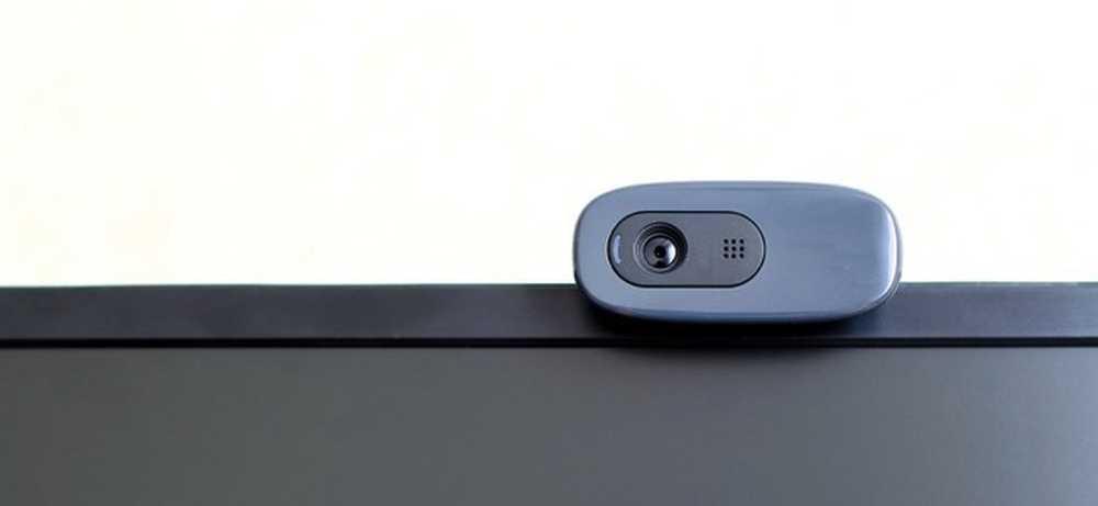 Cách chụp ảnh và quay video bằng webcam máy tính của bạn
